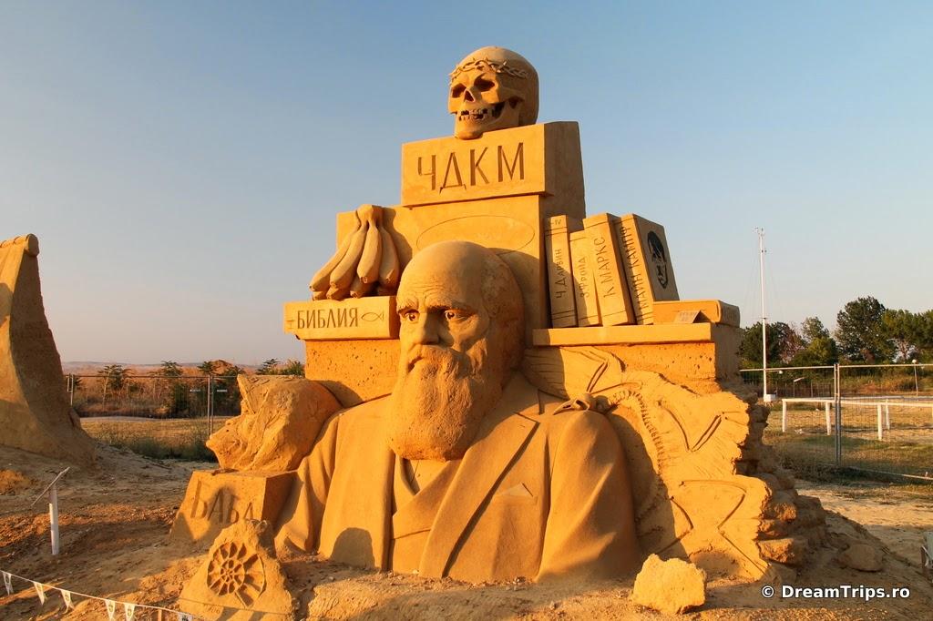 sculpturi nisip Burgas Charles Darwin